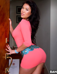 London Keyes loves anal